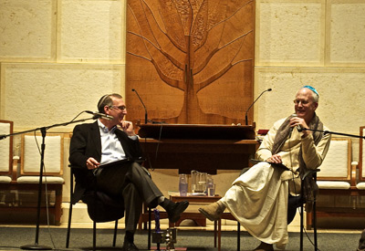 Rabbi Sid Schwarz, left, speaks with Anuttama Dasa at Adat Shalom's Jewish-Hindu evening  | Photo by Adat Shalom