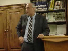 Rabbi Weiss | CC via Wikimedia Commons